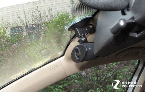 车载录像机