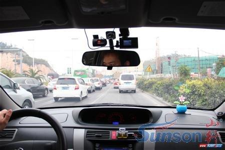 行车记录仪与汽车摄像头有哪些区别